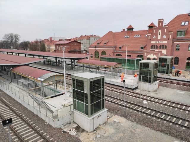 Remont linii kolejowej 207 trwa już 5. rok. Czy doczekamy się zakończenia prac modernizacyjnych? Wszystko na to wskazuje, ponieważ wykonawca na marzec tego roku deklaruje zakończenie zasadniczych prac budowlanych, co pozwoli na wznowienie kursowania pociągów na trasie Kwidzyn-Malbork
