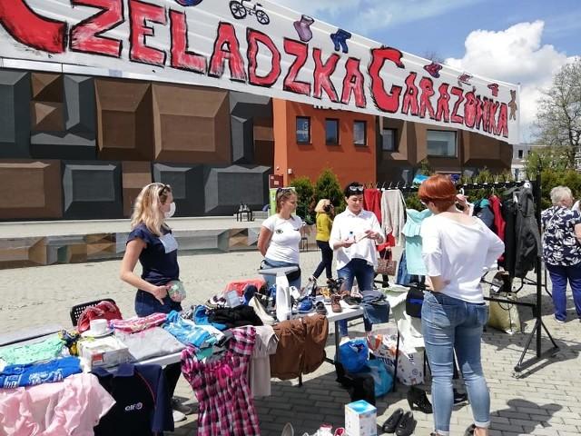 Pierwsza Czeladzka Garażówka odbyła się na Piaskach przed Kopalnią Kultury na placu Vuannay'aZobacz kolejne zdjęcia/plansze. Przesuwaj zdjęcia w prawo - naciśnij strzałkę lub przycisk NASTĘPNE