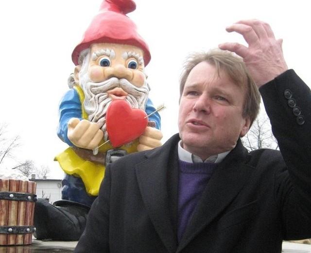 """Zdzisław Malczuk (lat 56), mieszka w Lubieszowie. prywatny przedsiębiorca: właściciel firmy """"Malpol"""" w Nowej Soli. Żonaty, dwie dorosłe córki i syn. Pasje: piłka nożna i pływanie."""