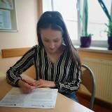Uczniowie ZSP nr 4 w Łowiczu biorą udział w ogólnopolskiej olimpiadzie [ZDJĘCIA]