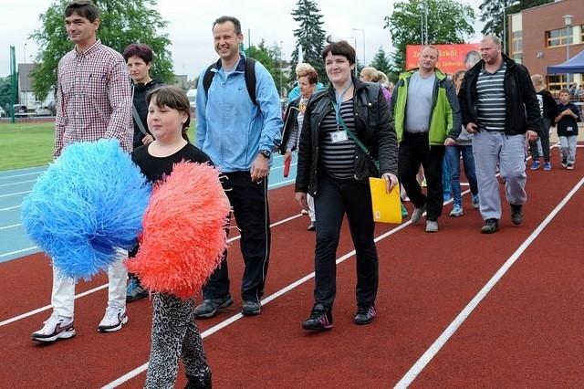 Uroczyste otwarcie zmodernizowanego stadionu nastąpiło przy okazji Mistrzostw Miasta i Gminy Dzieci i Młodzieży w Lekkiej Atletyce.