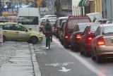 Tak Wrocław rzuca kłody pod nogi kierowcom