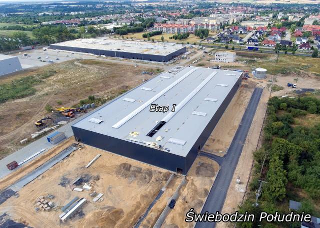 Pierwszą halę za nowo budowaną galerią wypełni produkcja meblarska firmy, która od kilku lat produkuje w Świebodzinie