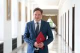"""Wykluczenie komunikacyjne w Polsce. RPO pisze list do ministra rolnictwa i rozwoju wsi. """"Problem nasilił się w okresie pandemii"""""""