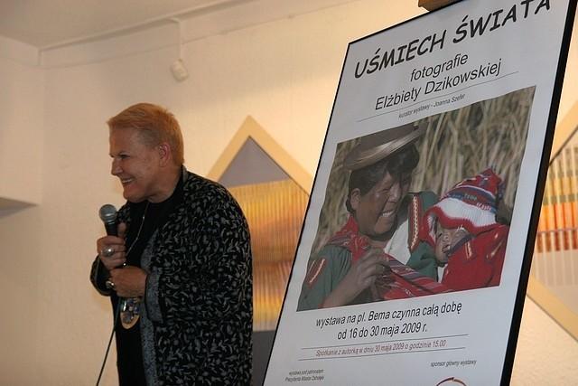 Elżbieta Dzikowska podczas spotkania w Galerii