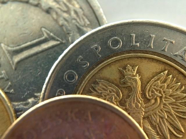 Bydgoski oddział Głównego Urzędu Statystycznego opublikował właśnie dane, z których wynika, że w 2012 roku średnie wynagrodzenie brutto w naszym regionie wyniosło 3 094 zł, a rok wcześniej prawie 2 993.