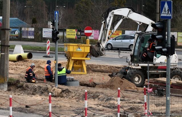 Kierowcom przypominamy, że skrzyżowanie ulic Chełmińskiej  i Kraszewskiego w Grudziądzu jest wyłączone z ruchu.