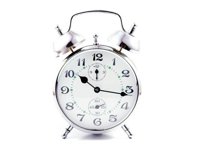 Dzisiejszej nocy zegarek należy przestawić z godziny 2 na 3