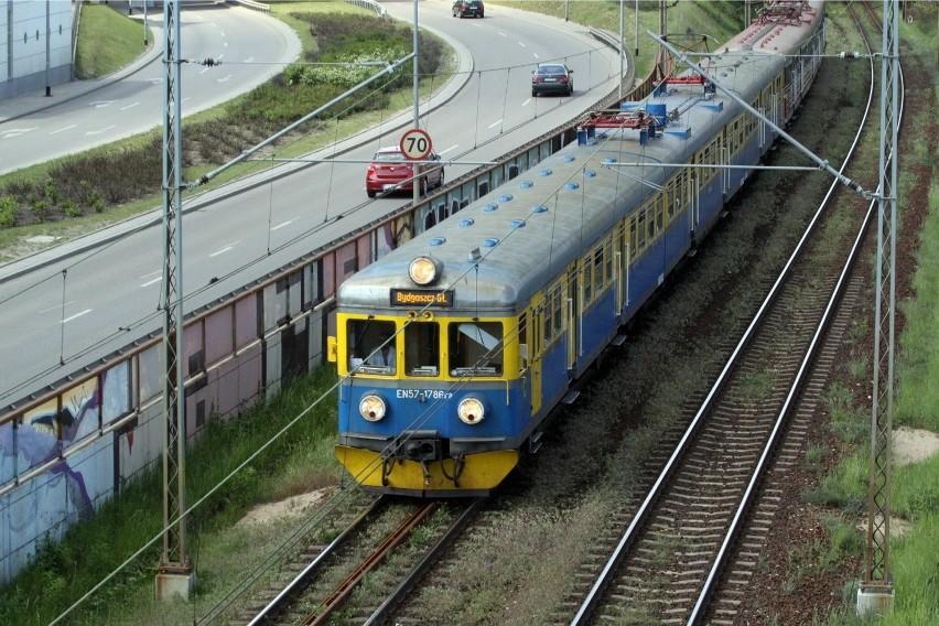 Utrudnienia w kursowaniu pociągów SKM. Zerwana sieć trakcyjna na trasie Reda - Wejherowo
