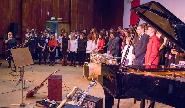 Koncert charytatywny w szkole muzycznej przy Sosnowej w Łodzi
