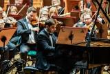 Trzej związani z Bydgoszczą młodzi pianiści awansowali do kolejnego etapu XVIII Konkursu Chopinowskiego