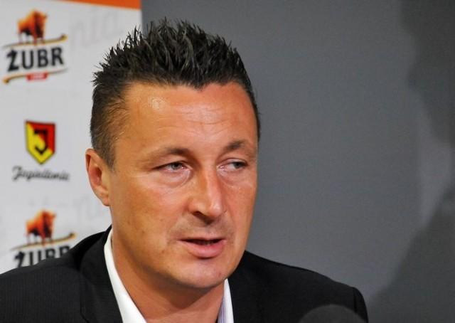 Trener Jagiellonii Tomasz Hajto jest rozczarowany porażką z Piastem, ale nie zamierza zmieniać kierunku pracy