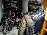 Białostoccy policjanci zlikwidowali dziuplę z kradzionymi rowerami. Odzyskali ponad 40 jednośladów