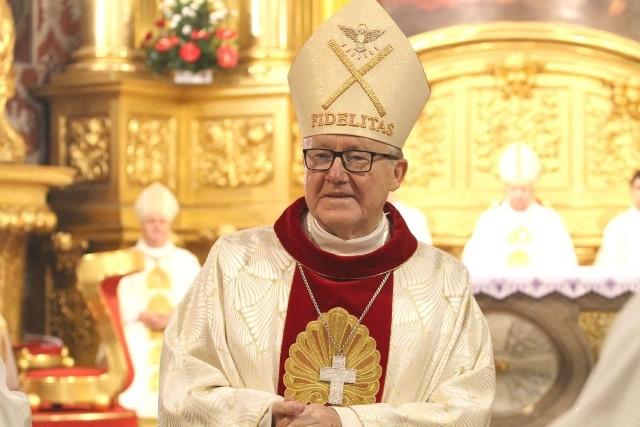 Biskup Andrzej Kaleta w Busku-Zdroju odprawi w niedzielę mszę prymicyjną.
