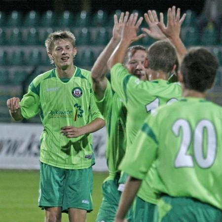 Piłkarze Górnika Polkowice chcieli grać z Łucznikiem w sobotę, przyjdzie im zmierzyć się z rywalami w środę.