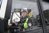 Inauguracja działań Ferie Zimowe 2018 w Białymstoku. Policja przeprowadziła kontrole autobusów [ZDJĘCIA, WIDEO]