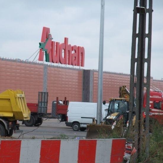 Trwają prace przy budowie drugiego Auchan w Białymstoku. Inwestor ma nadzieję, że otwarcie galerii nastąpi na przełomie listopada i grudnia