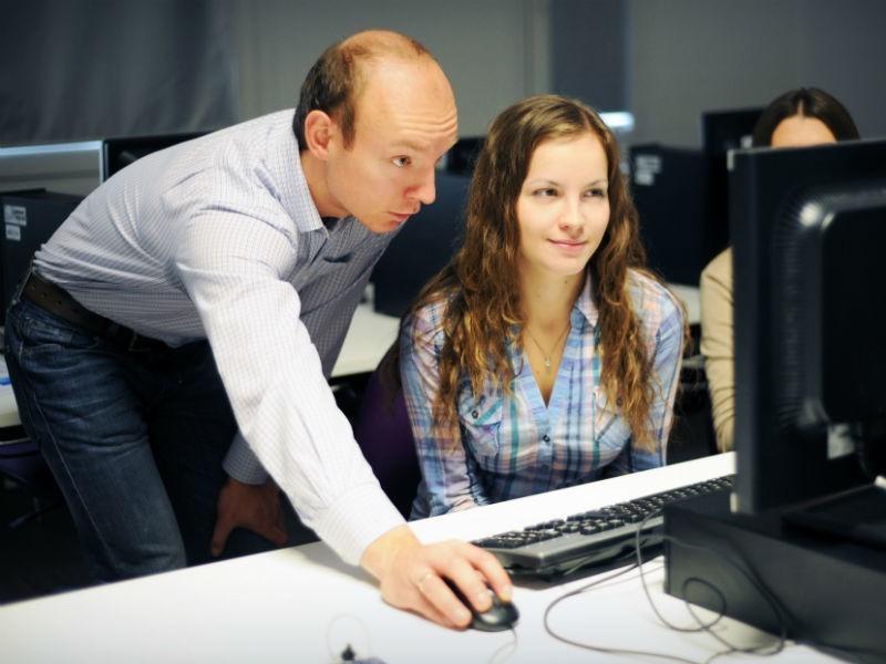 Jak wspierani są młodzi przedsiębiorcy w Wielkiej Brytanii...