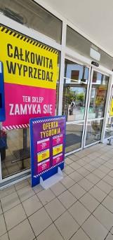 Totalna wyprzedaż w kolejnym Tesco w Łodzi - sprawdź, w którym. Atrakcyjne obniżki. Towary tanieją z dnia na dzień