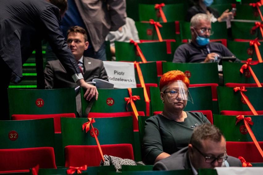 28-09-2020 Białystok. Sesja sejmiku wojewódzkiego w Operze i Filharmonii Podlaskiej