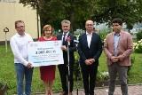 Ministerstwo Sportu wsparło budowę hali przy liceum Żeromskiego w Kielcach. Dlaczego? Wyjaśniono na konferencji [WIDEO, ZDJĘCIA]