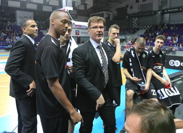 Mathias Fischer chce zbudować dynamicznie grającą drużynę. W jego wizji zabrakło miejsca dla Davida Jacksona (po lewej).