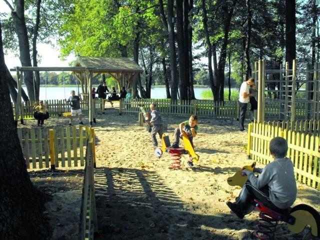 Nowy plac zabaw testowali wczoraj najmłodsi ełczanie