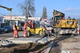 Zima utrudnia prace na największej inwestycji drogowej w Kielcach. Czy zdążą przed świętami? [ZDJĘCIA]