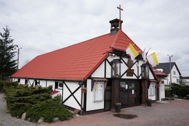 W piątek przeprowadzono dezynfekcję kościoła w Czapurach.
