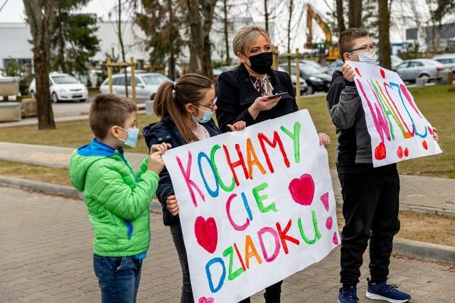 Rodzina rozmawiała z Krzysztofem Szymańskim przez telefon.