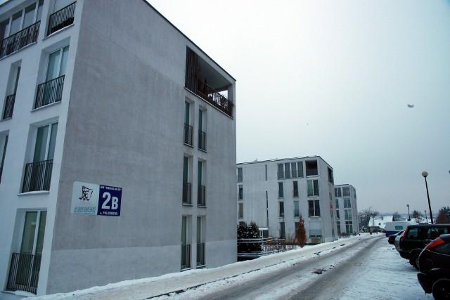 Bloki mieszkalne chronionePołowa klientów szuka chronionych osiedli.