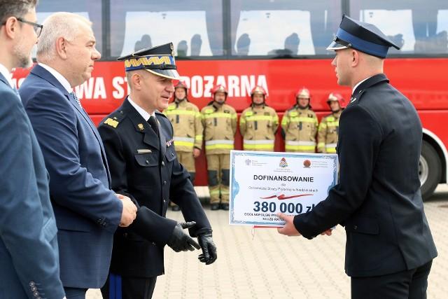36 samochodów ratowniczo-gaśniczych dostaną jednostki OSP z województwa lubelskiego
