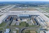 Lotnisko Berlin-Brandenburg otwarte. Osiem lat później, ale nowe lotnisko już działa. Zobacz zdjęcia i wideo