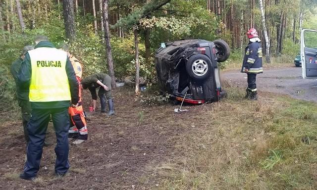 Honda dachowała koło Nowogrodu Bobrzańskiego.