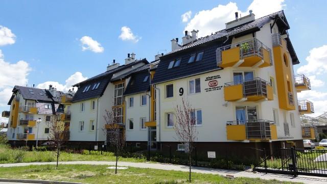 Miniosiedle Mściwoja w BydgoszczyNa miniosiedlu na bydgoskim Czyżkówku jest już osiem bloków. Zaczęła się budowa dziewiątego z 21 nowymi mieszkaniami.