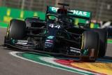 Grand Prix Emilii-Romanii. Lepsza strategia i szczęście dały Hamiltonowi 93. zwycięstwo w karierze. Mercedes z pierwszym trofeum w sezonie