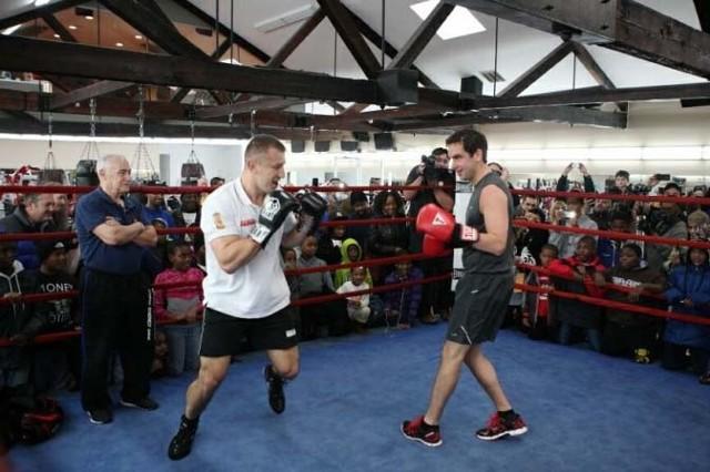 Na zdjęciu: Tomasz Adamek na treningu medialnym przed walką z Głazkowem