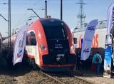 Pociąg Elf 2 i tramwaj Twist. Pesa pokazała na targach TRAKO w Gdańsku swoje nowości [zdjęcia]