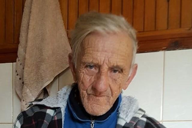 Eugeniusz Lisowski z Kopci w powiecie skarżyskim ma 87 lat. Zaginął w piątek 13 października...