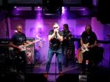 Poznań: Posłuchajcie, jak bluesa i rocka gra Blue Wave Band