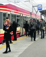 Mieszkańcy Trójmiasta częściej jeżdżą tramwajami i autobusami. Rekordowa sprzedaż biletów