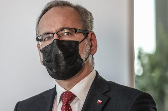 Brytyjska mutacja koronawirusa to już 80 procent wszystkich przypadków w Polsce. Minister zdrowia: Wypiera inne warianty
