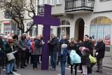 W piątek wieczór ulicami Nowej Soli przeszli uczestnicy drogi krzyżowej. W nocy do Żagania wyruszyli pątnicy na Ekstremalną Drogę Krzyżową