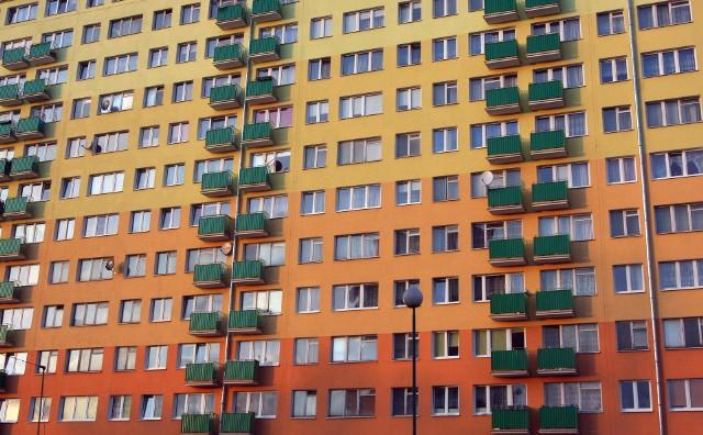mieszkania z drugiej ręki Ceny używanych mieszkań przestały spadać. Powoli pną się w górę.