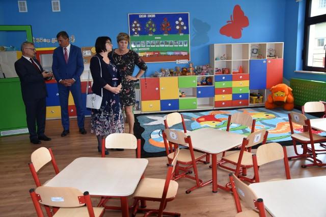 Po oficjalnej części uroczystości goście zwiedzić mogli nowe przedszkole w Turze. Jest piękne