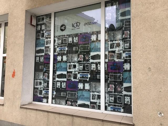 Zaprezentowany w formie wystawy w Galerii Curators'Lab, przy ulicy Nowowiejskiego 12 w Poznaniu. (fot w załączniku). Każdy poznaniak może przyjść przed Galerię i zapoznać się z projektem.