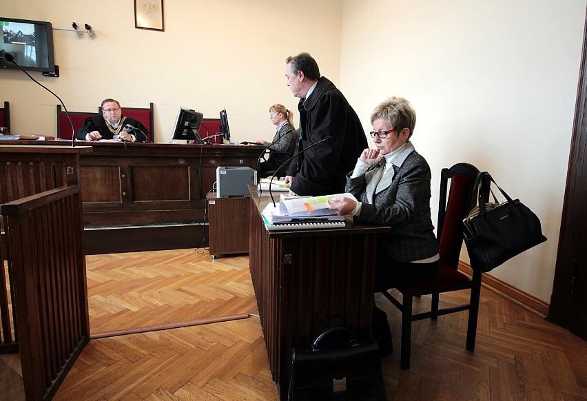 - Nie czuję się stroną - mówiła przed sądem Hanna Dzikowska (na zdjęciu), która stanowisko dyrektora RDOŚ straciła w styczniu