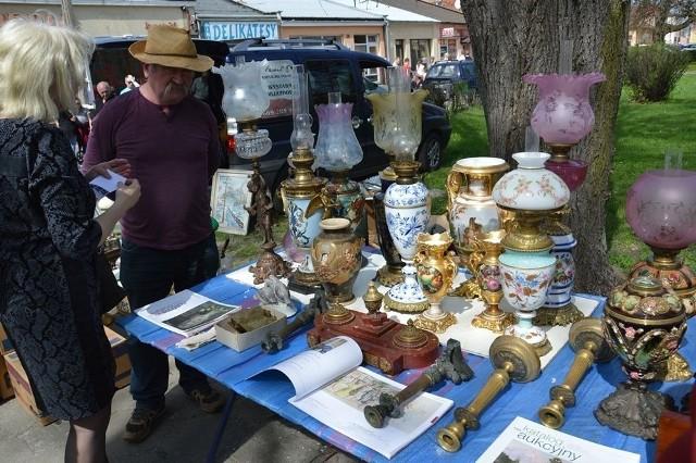 Na Targu Staroci jest mnóstwo starych, ale pięknych przedmiotów, które mogą być ozdobą każdego domu