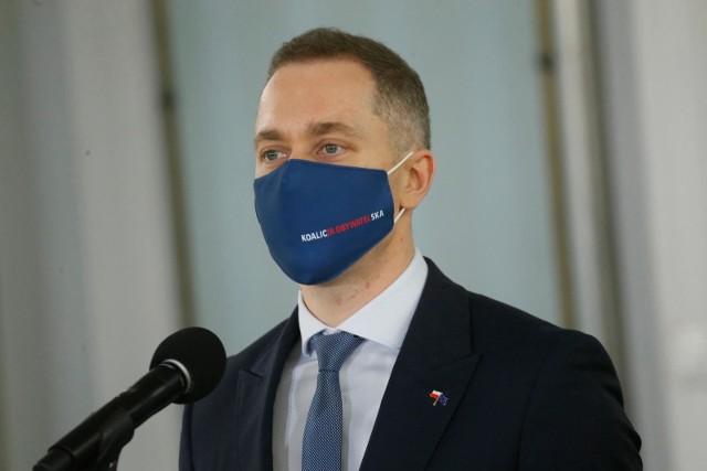 Konferencja Koalicji Obywatelskiej. Tomczyk: Od pięciu lat czołowi politycy PiS-u mają problem z pokazaniem własnych majątków