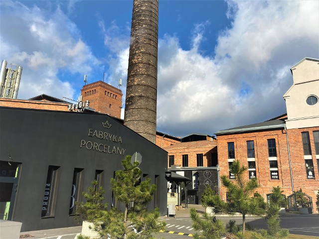 Na terenie Fabryki Porcelany odbędzie się akcja charytatywna w ramach 1. urodziny klubu CrossGym Hell.Zobacz kolejne zdjęcia. Przesuwaj zdjęcia w prawo - naciśnij strzałkę lub przycisk NASTĘPNE